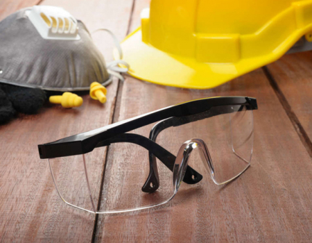 What PPE Must I Use?  3 Common Workplace Hazards